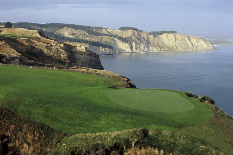 Cape-Kidnappers-Luxury-golf-collection