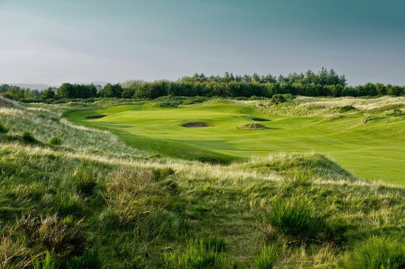 Dundonald-links-luxury-golf-collection